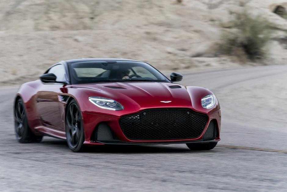 Aston Martin a lansat noul model GT DBS